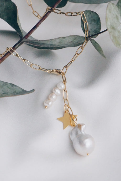 Fearless pearl necklace