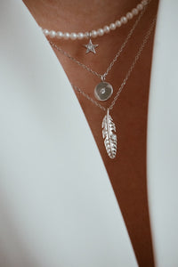 Dream feather necklace