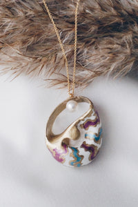 Colorful sea snail chain necklace