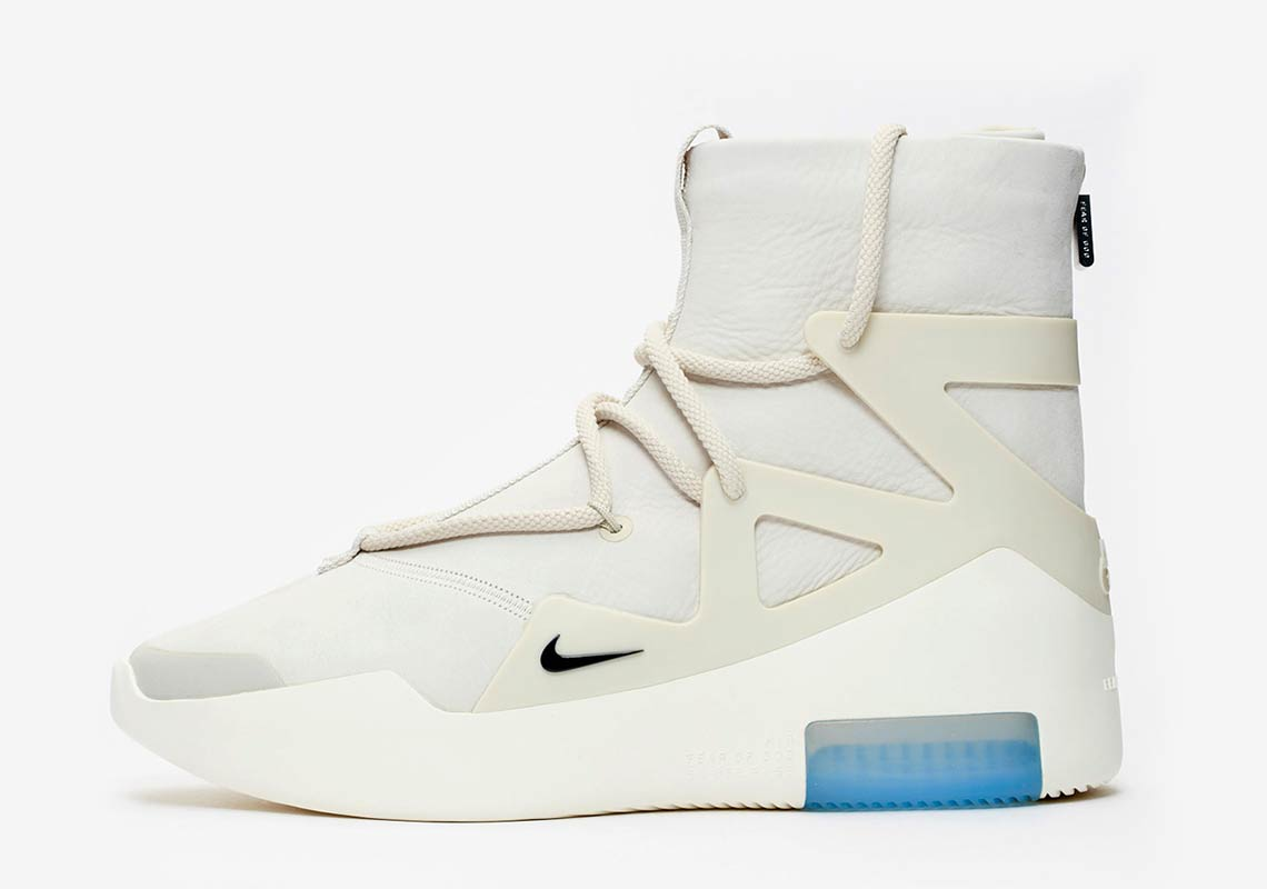 @Scoop208 Nike Air Fear Of God 15/12/18
