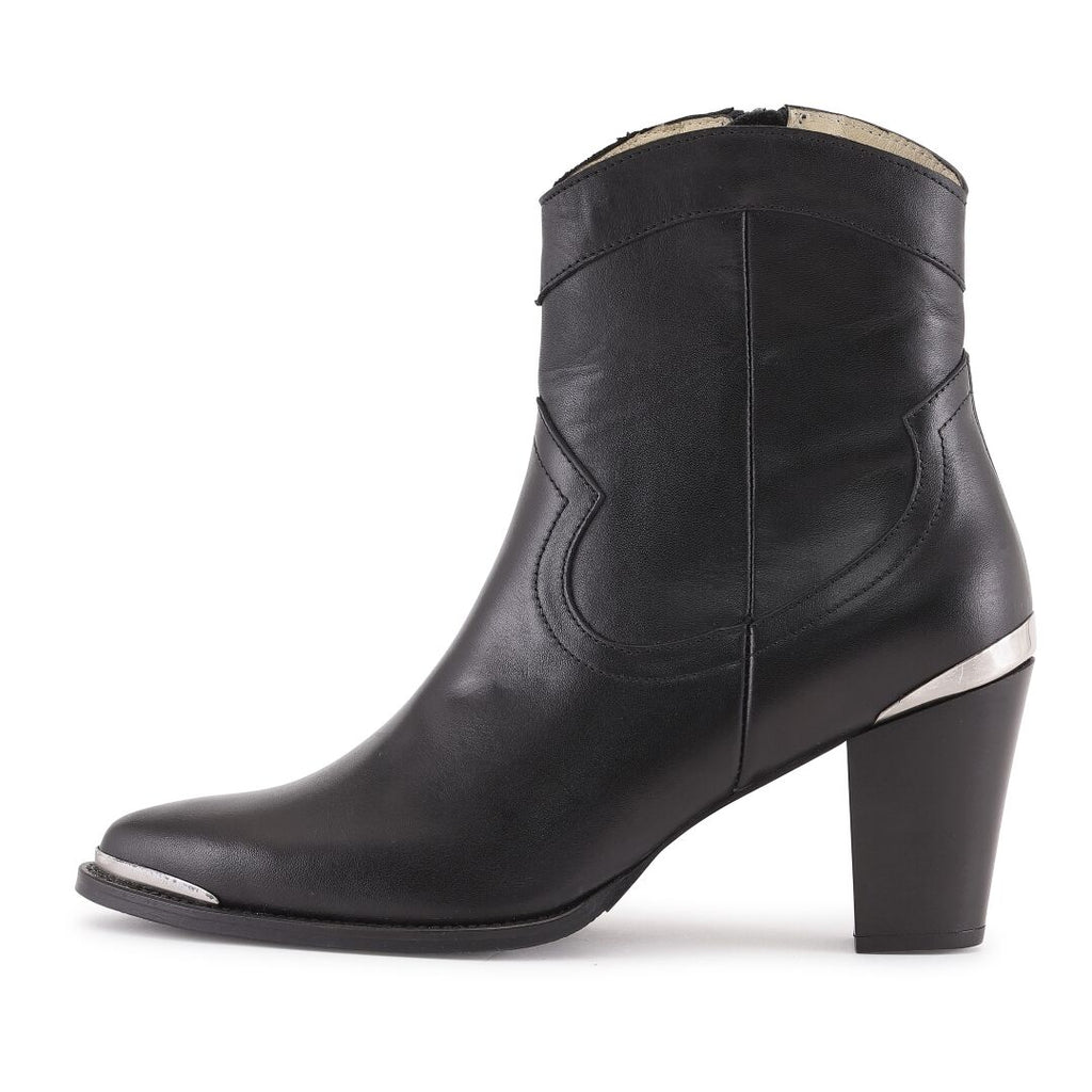 JENDA Boot 50% on sale