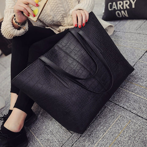 Shoulder Leather Casual zipper handbags Totes black red Bags SE