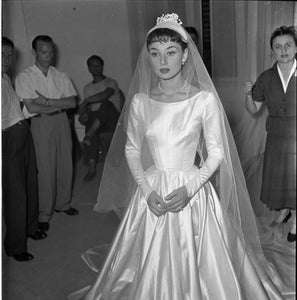 Wedding Veil Traditions and Q&A