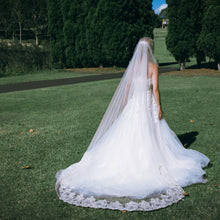 EMERALD VEIL Lace Ivory Blush Wedding Veil