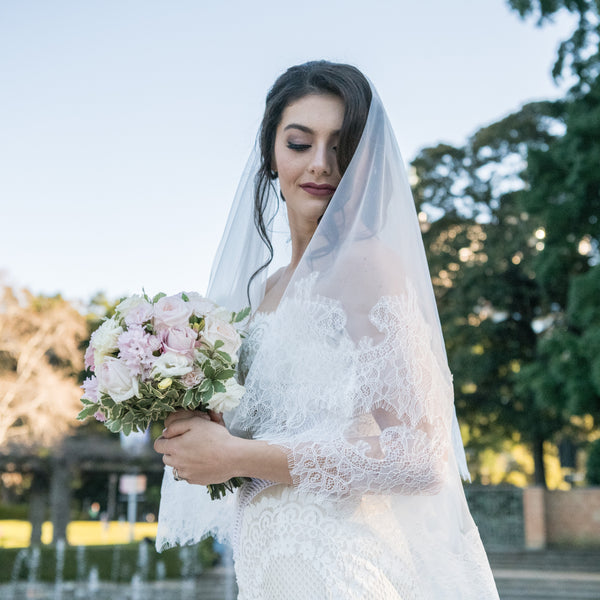 ALIVIA VEIL Chantilly Lace Cathedral Veil | Mademoiselle Bridal