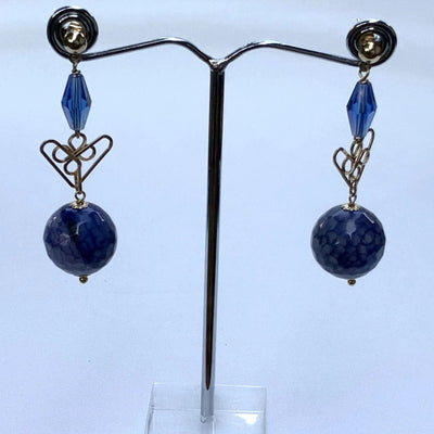 Blue Gemstones with Hear-Shaped Wire Drop Earrings