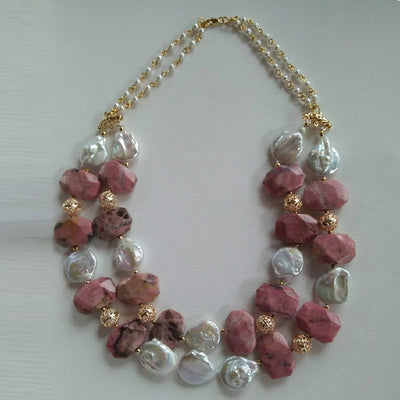 Debelle Necklace with Freshwater Pearls & Chalcedony Stones