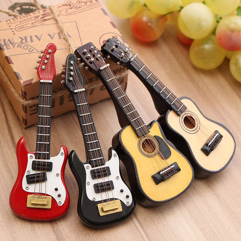 Wood Craft Guitar Miniature