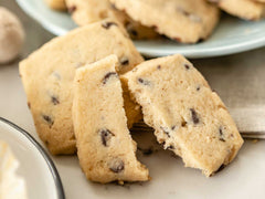 Chocolate Chip Shortbread in Free Gift Tin !