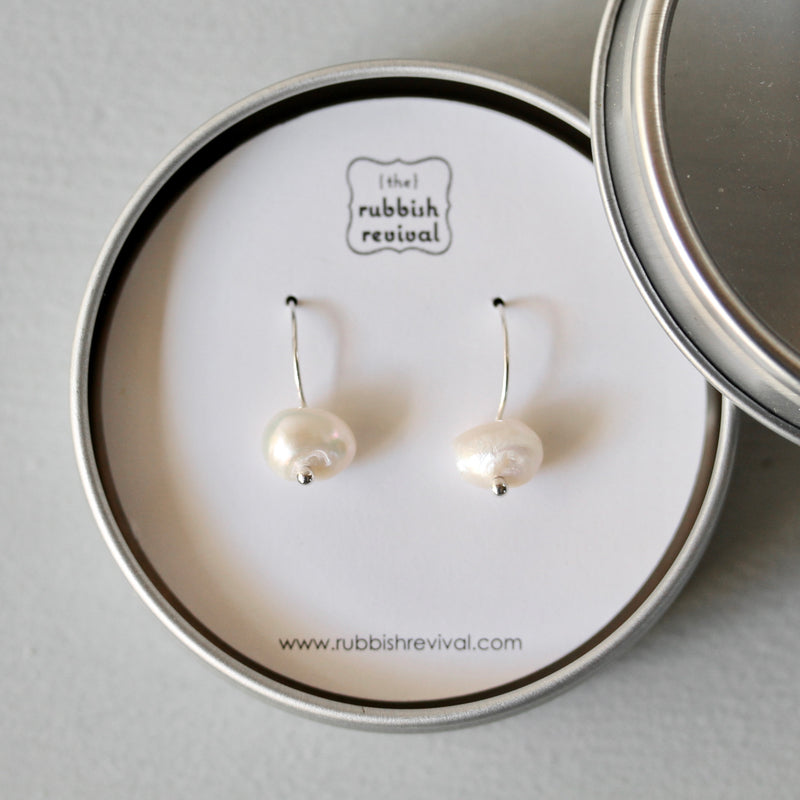 The Perfect Pearl Earrings in White - TheRubbishRevival