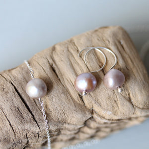 The Perfect Pearl Earrings in Grey - TheRubbishRevival