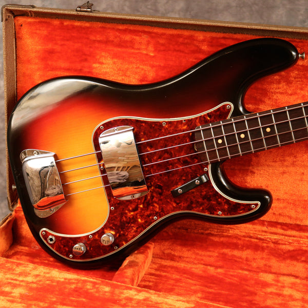 1962 Fender Precision Bass, Sunburst