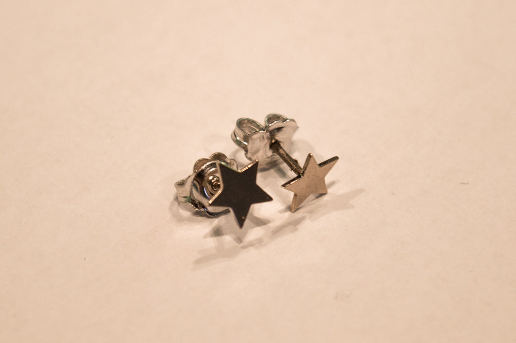 Star Earrings of White Gold