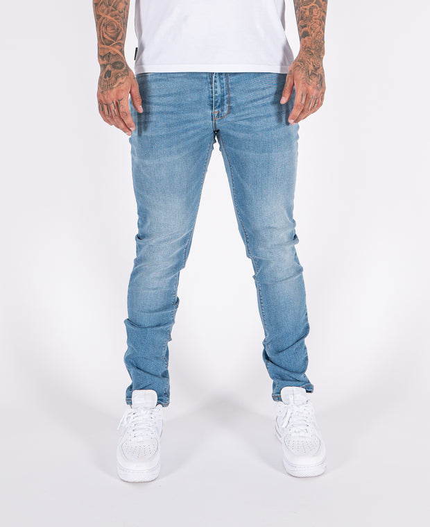 FDN Tapered Jean - Light Blue