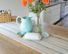 Place It™ Table Runner