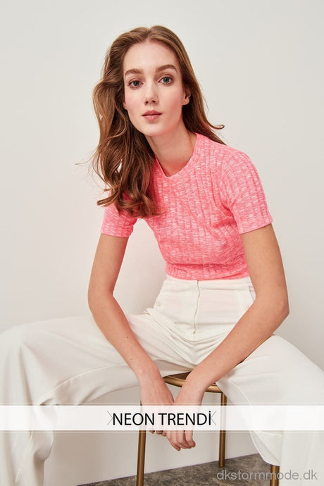 Knitted T-Shirts Pink Neon Twoss19Os0032