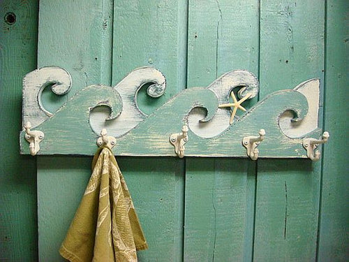 Wave Towel Rack