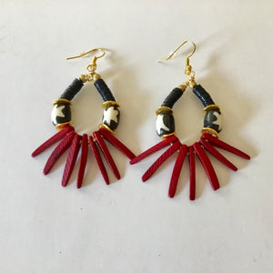 Earrings l Red & Black