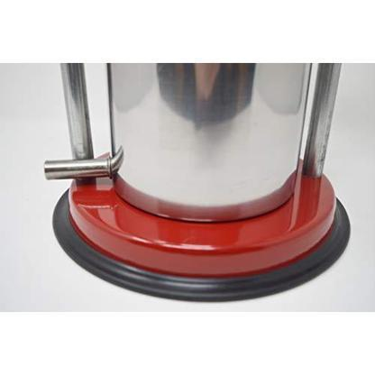 "MEDIUM VEGETABLE / FRUIT PRESS 6""  Base with Rubber Grip and Spout for Easy Use"