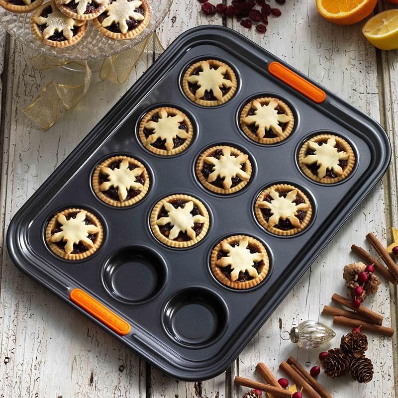 Le Creuset Mini Muffin Tray Canada