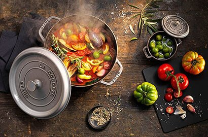 Staub - 1.0 L Oval Stackable Dish (24 cm) -40509-393