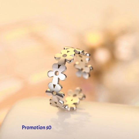 Get this trendy and cute sliver flower ring for women now
