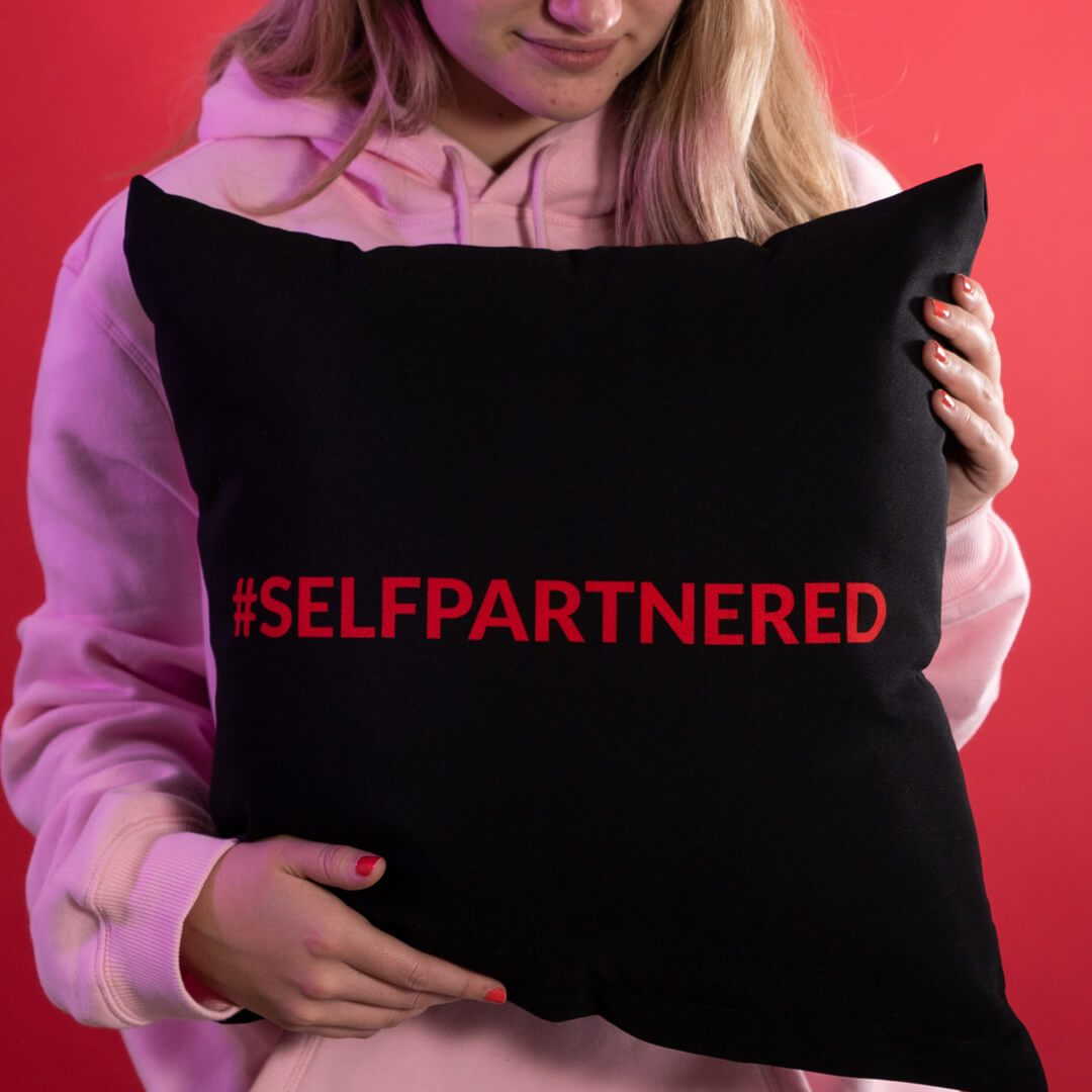 Selfpartnered Cushion