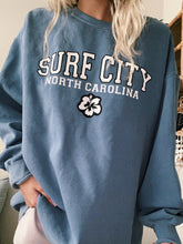 Load image into Gallery viewer, BLUE SURF CITY CREWNECK - Olive Lynn