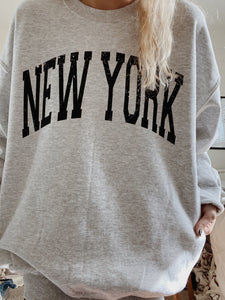 ORIGINAL NEW YORK CREWNECK - Olive Lynn