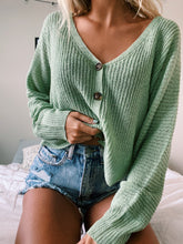 Load image into Gallery viewer, GREEN CROPPED CARDIGAN