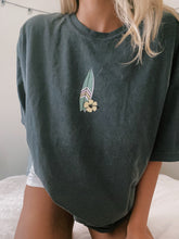 Load image into Gallery viewer, SURFER TEE - Olive Lynn