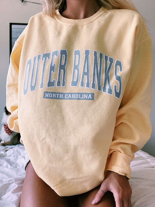 "YELLOW ""OUTERBANKS"" SWEATSHIRT - Olive Lynn"