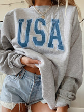 Load image into Gallery viewer, USA CREWNECK