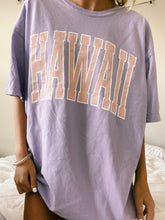 Load image into Gallery viewer, LILAC HAWAII TEE - Olive Lynn