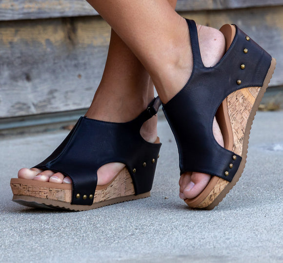 PLEATHER STUDDED WEDGES W/ MEMORY FOAM