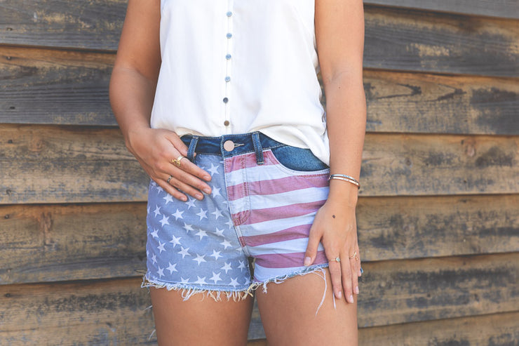 AMERICAN FLAG DISTRESSED SHORT