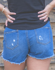 DESTROYED DENIM SHORT