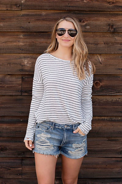 PIN STRIPED L/S DISTRESSED HEM
