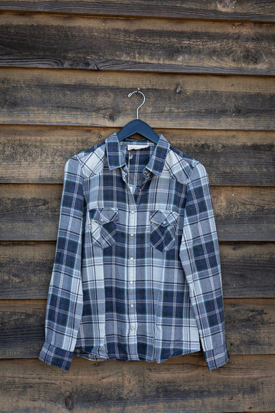 LONG SLEEVE PLAID SNAP FRONT