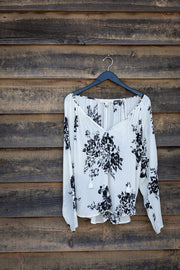 PRINTED LONG SLEEVE WITH TIE TASSEL