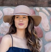 WIDE BRIM FLOPPY HAT