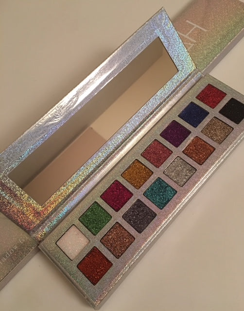Kinah Glitter Eye Shadow Palette(OUT OF STOCK)