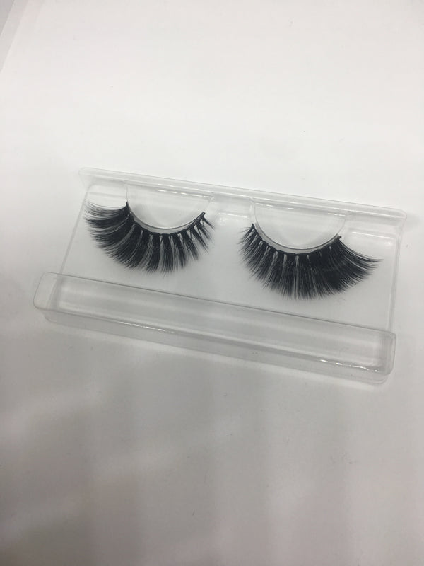 Layla Faux Mink Silk Lashes