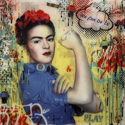 Frida Kahlo poses in the famous fist freedom poster