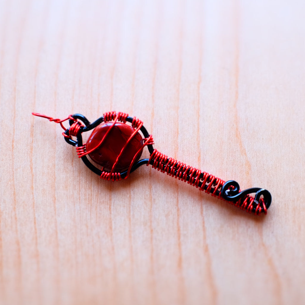 Red and Black Wirewrap Key Featuring Jasper - Grey Wolf | White Owl