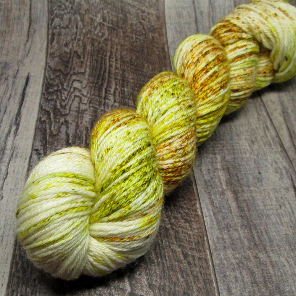 Apple Dumpling á La Mode, Wayward Worsted