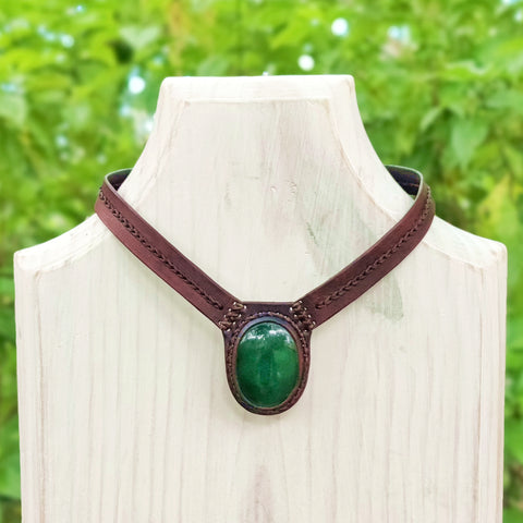 Boho Handcrafted Genuine Leather Choker with Green Agate Stone Setting - Quality Unisex Fashion Leather Jewelery
