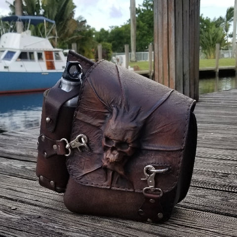 Handcrafted Leather Motorcycle Solo Saddle Bag (2322912280630)