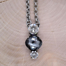 Load image into Gallery viewer, KENZI NECKLACE