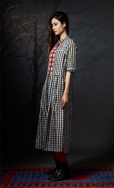 Aarunya - Checked Chanderi Kurti - Black - Anuradha Ramam-Hand woven- Hand block print - Sustainable fashion- Conscious fashion- Vocal for local